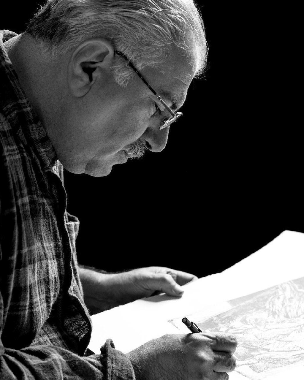 بیوگرافی و آثار استاد احمد وکیلی لینک : https://asarart.ir/Atelier/?p=729 👇 سایت : AsarArt.ir/Atelier اینستاگرام : instagram.com/AsarArtAtelier تلگرام : @AsarArtAtelier 👆