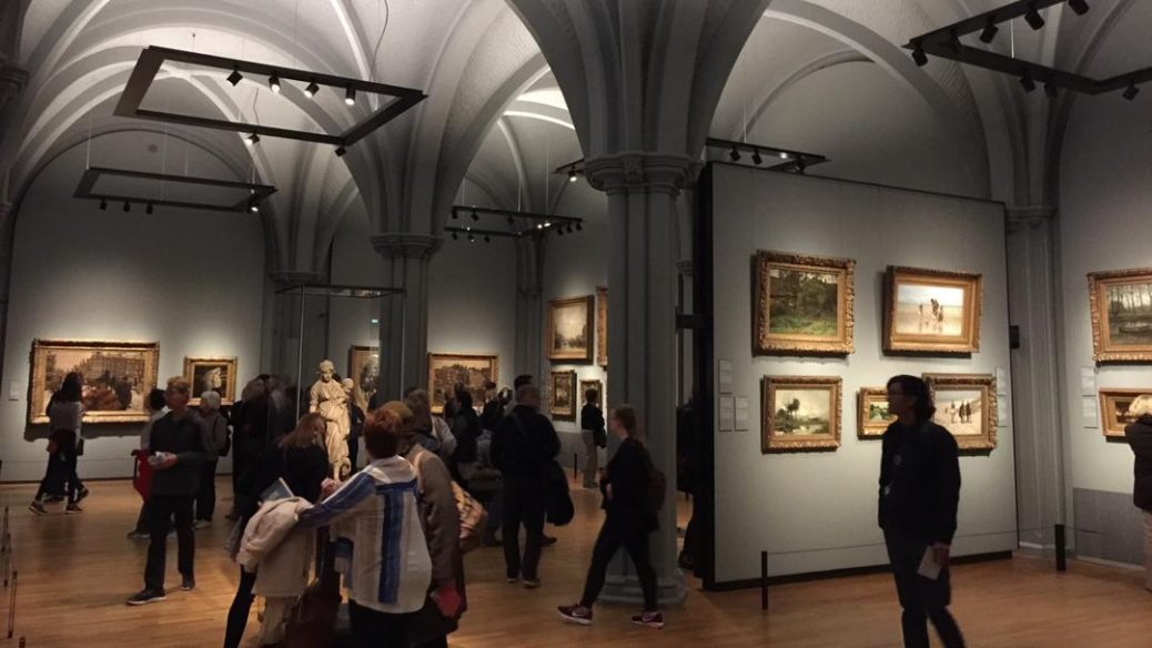 رنسانس هلندی؛ گشتی در موزه امپراطوری آمستردام لینک : https://asarart.ir/Atelier/?p=9335 👇 سایت : AsarArt.ir/Atelier اینستاگرام : instagram.com/AsarArtAtelier تلگرام : @AsarArtAtelier 👆