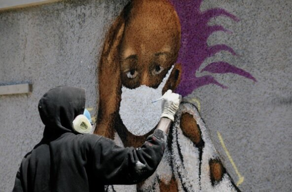 Photo of وقتی «کرونا» سوژه نقاشی دیواری میشود