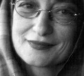 معرفی و آثار پروانه اعتمادی لینک : https://asarartmagazine.ir/?p=15567 👇 سایت : AsarArtMagazine.ir اینستاگرام : instagram.com/AsarArtMagazine تلگرام : t.me/AsarArtMagazine 👆