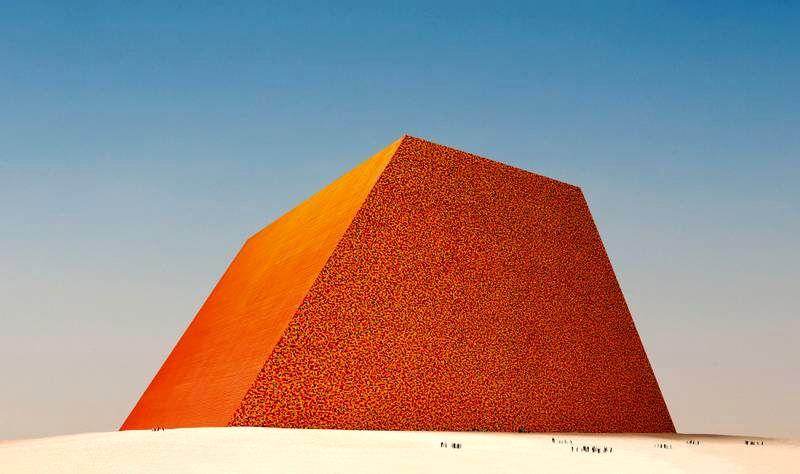 آرزوی کریستو با دو اثر عظیم محقق میشود مجله اثرهنری ـ اثر هنری
